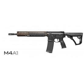 Puška samonabíjecí Daniel Defense, model M4A1, barva FDE